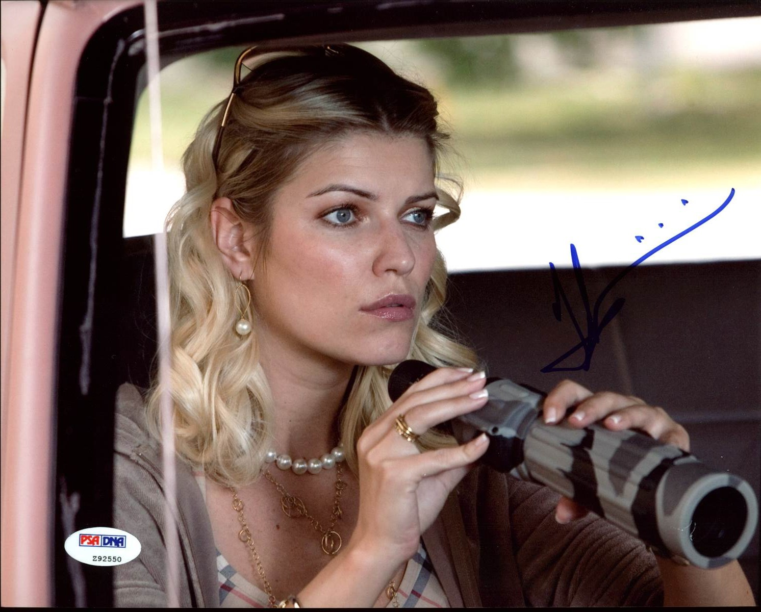 Ivana Milicevic Witless Protection Autographed 8x10 Photo VIP-Z92550